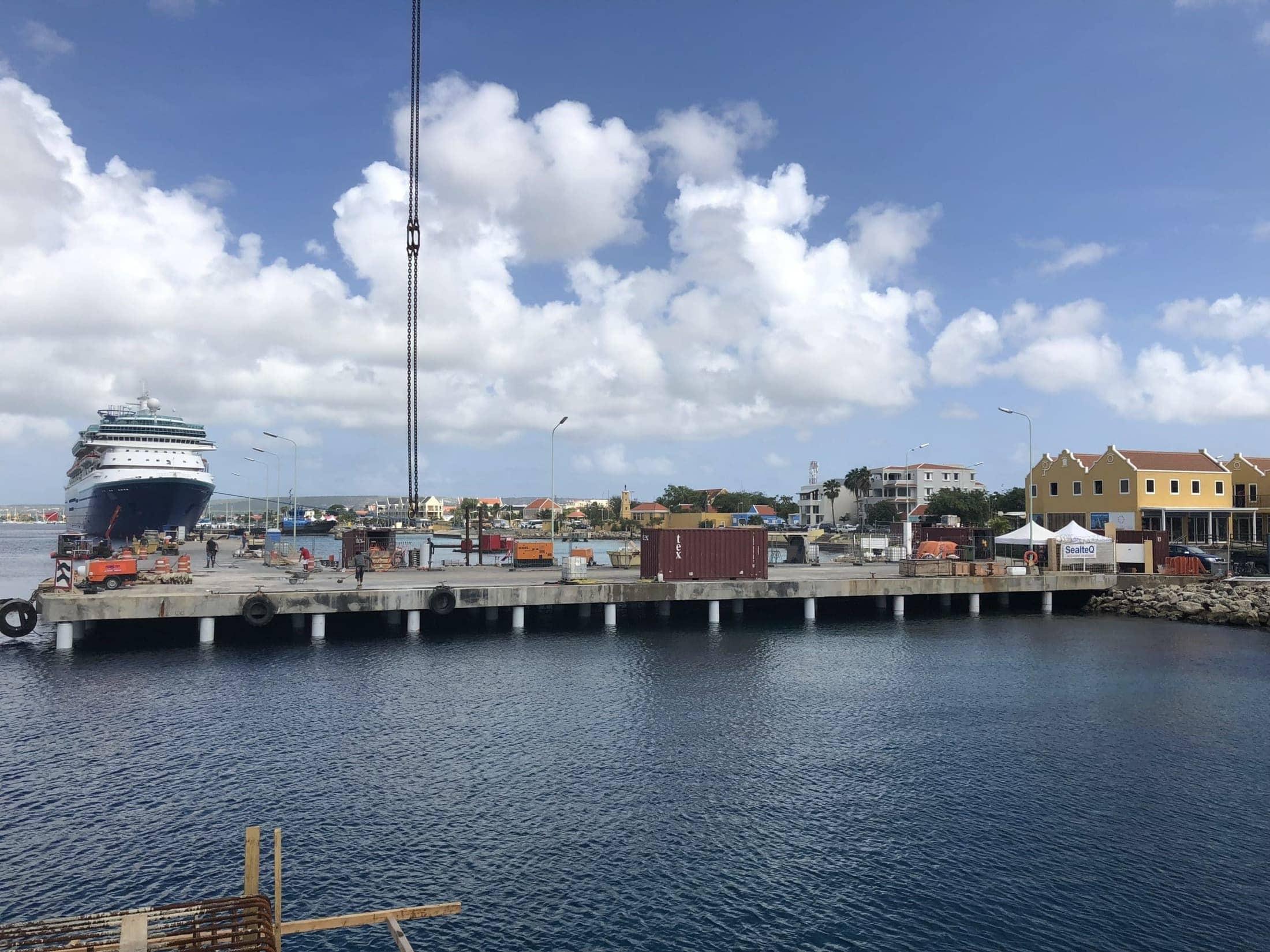 Eindresultaat van de gerenoveerde pieren in Bonaire