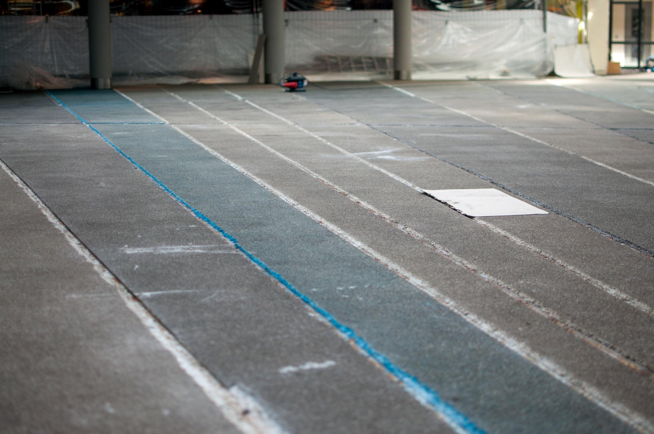 Nieuwe vloerafwerking rondom Fontein UMCG